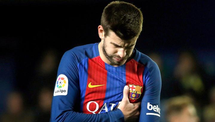 """""""Барселона"""" установила отступные за Пике в сумме 500 млн евро"""