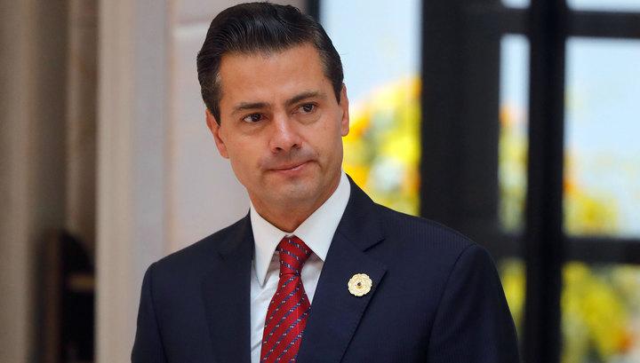 Президент Мексики отложил визит в США после телефонного разговора с Трампом