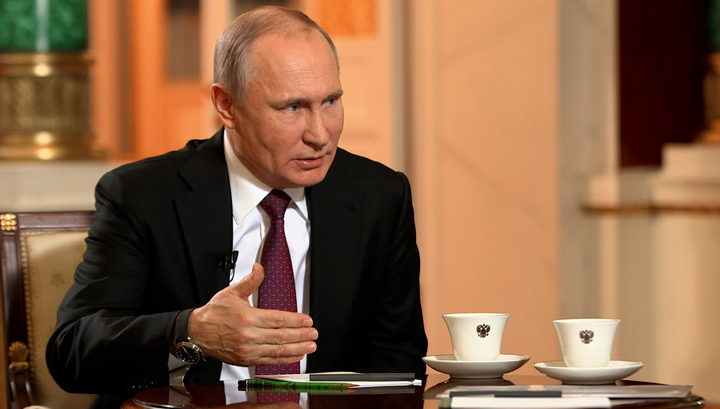 The Kursk Tragedy - Putin Recounts How He Salvaged the Submarine...and then the Nation