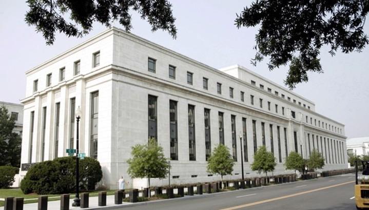 Гросс: ФРС ограничена в возможностях подъема ставок