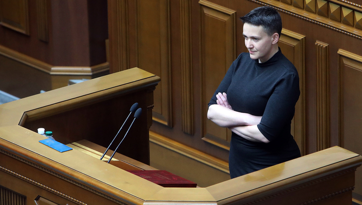 """""""Мы воюем с Россией больше 700 лет"""": Савченко зажгла в суде и объявила голодовку"""