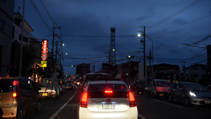 В Японии около 83 тысяч квартир и домов остаются без газа после землетрясения