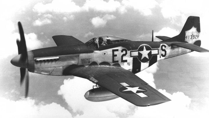В США рухнул истребитель времен Второй мировой войны