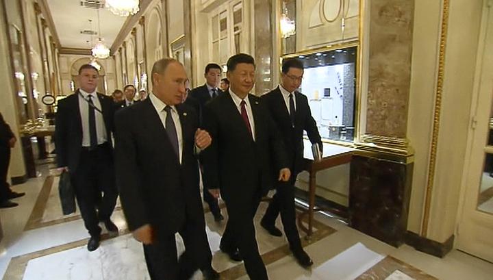 В Аргентине встретились лидеры России и КНР