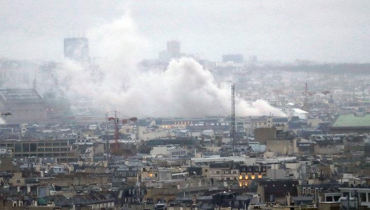 Число задержанных в Париже возросло до 737
