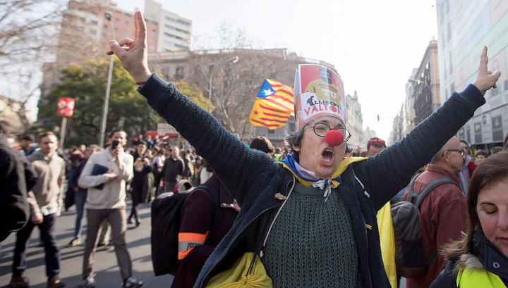 Столкновения в Каталонии: ранены 28 человек