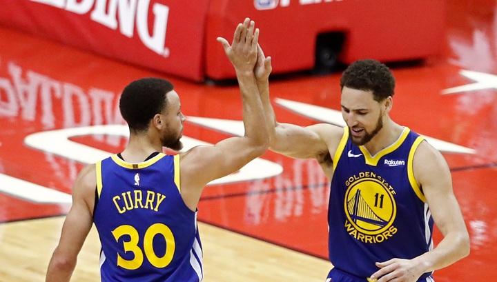 """""""Голден Стэйт"""" разгромил """"Портленд"""" в плей-офф НБА, у Карри 36 очков"""