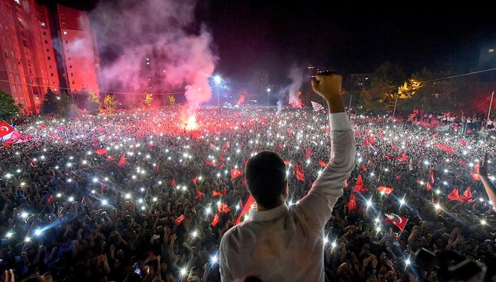 ЦИК Турции подтвердил победу оппозиционного кандидата в мэры Стамбула
