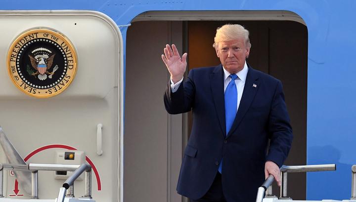 Визит в Южную Корею: Трамп встретился с Муном и готов повидаться с Кимом