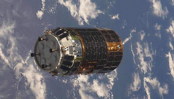 Запуск японского космического грузовика к МКС отменен из-за пожара photo