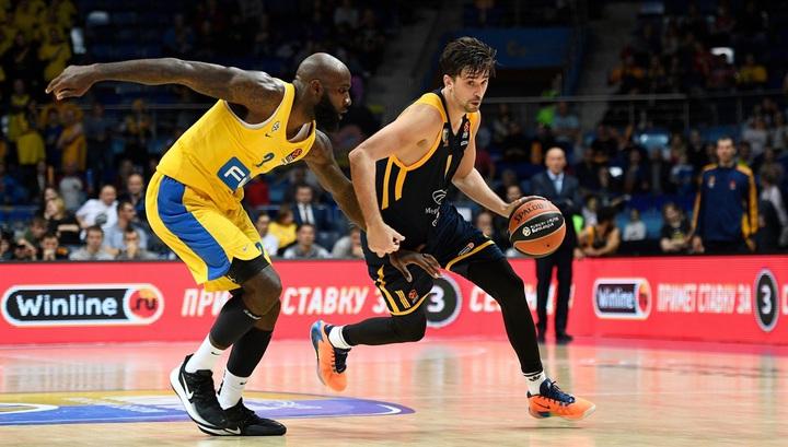 "Баскетбол. ""Химки"" одержали победу на старте Евролиги, у Шведа 22 очка"