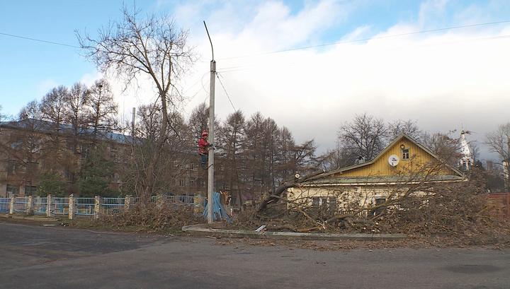 Энергетики продолжают ликвидировать последствия урагана в Костромской области