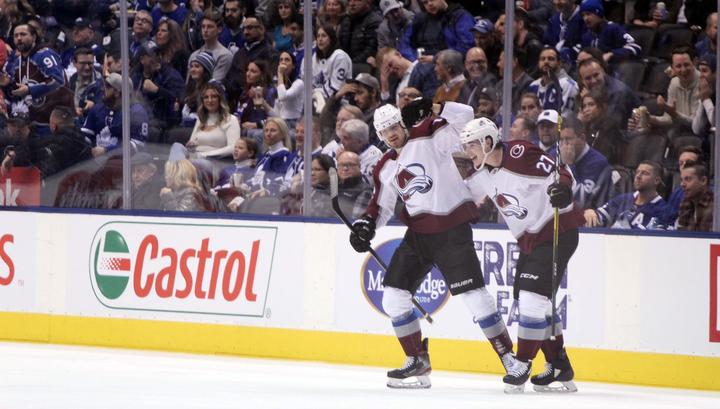 """Ничушкин продлил победную серию """"Колорадо"""" в НХЛ"""