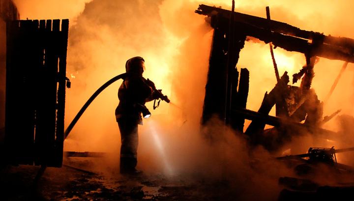 Крупный пожар тушат в Приангарье