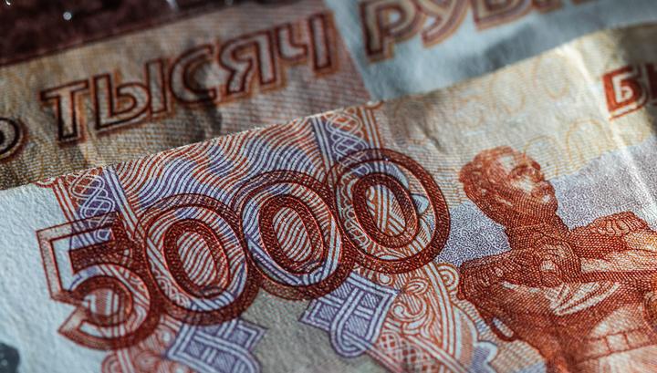 С 1 февраля социальные выплаты россиянам увеличатся на 3 процента