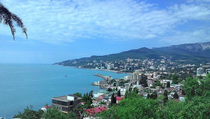 Крым остановил автобусное сообщение с соседними регионами