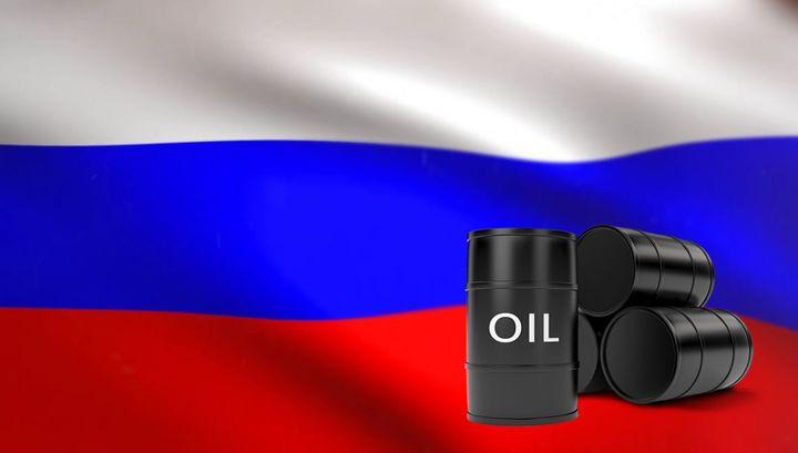 Цены на нефть рухнули. Российские цены на бензин неизменны седьмую неделю