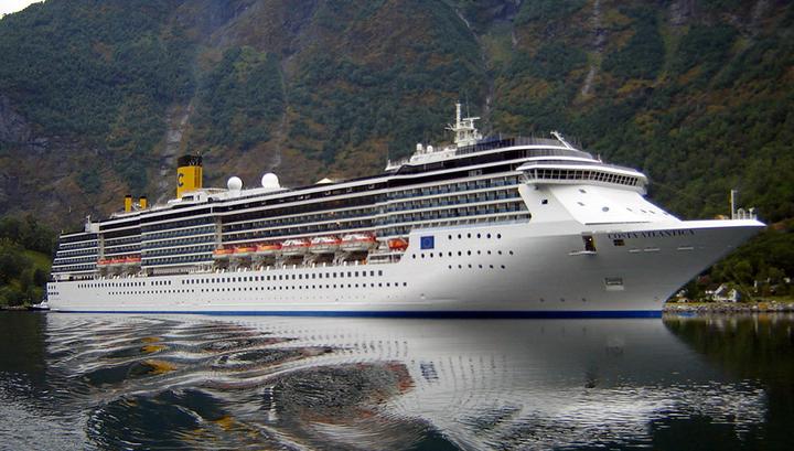 На борту лайнера Costa Atlantica в порту Нагасаки еще у 14 членов экипажа выявлен коронавирус