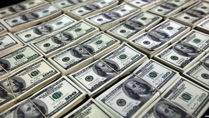 Банк России: отток капитала из России вырос в январе-мае до $33,5 миллиарда
