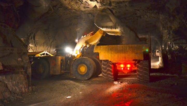 Канадская Kinross Gold в январе-мае добыла в России 5,9 тонны золота и 38,1 тонны серебра