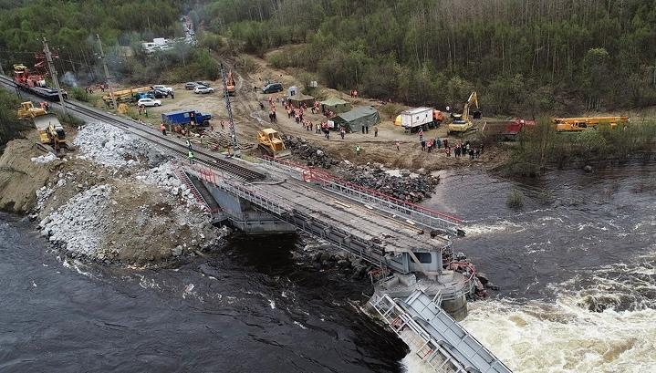 Рухнувший под Мурманском мост создал преграду нерестящейся семге
