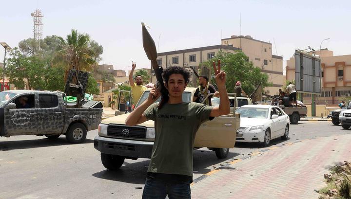 Франция, ФРГ и Италия призвали прекратить боевые действия в Ливии