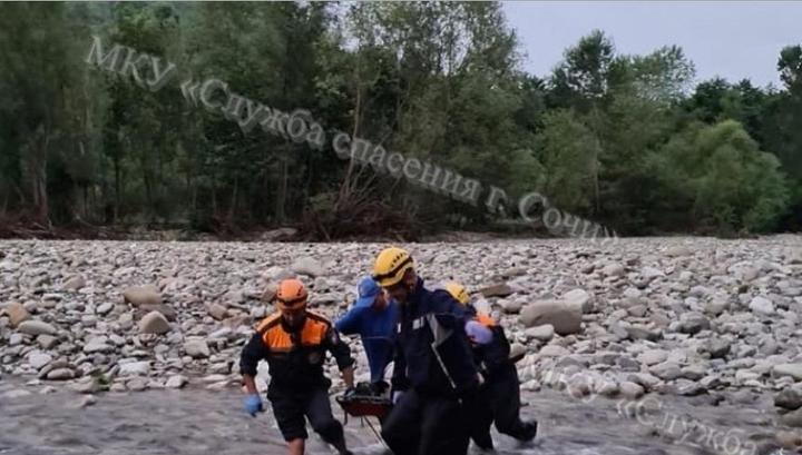 Мужчина сорвался со скалы в Лазаревском районе Сочи