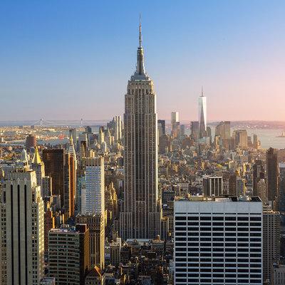 Мэр Нью-Йорка поблагодарил помешавших скрыться виновнику наезда на Таймс-сквер