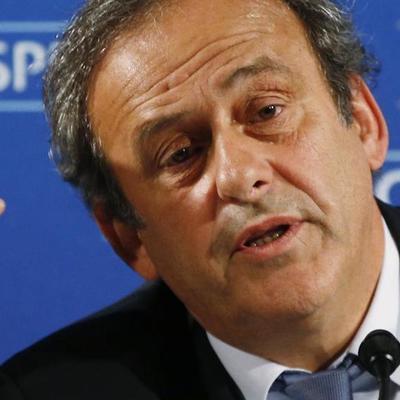 Прокуратура Швейцарии сняла обвинения с бывшего главы УЕФА Мишеля Платини по делу о коррупции