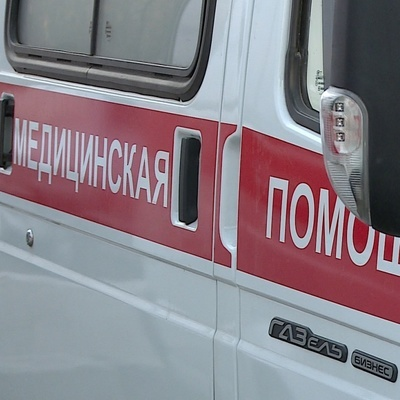 В Новосибирске посетители аттракциона зависли вниз головой