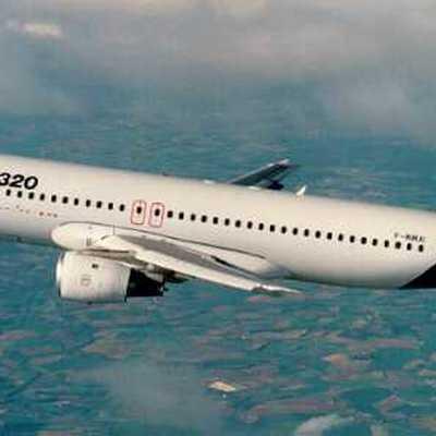 Пассажир EasyJet рассказал о непристойном поведении пары попутчиков на борту лайнера