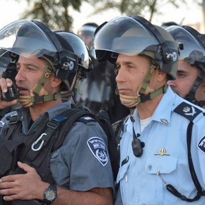 Более сотни палестинцев ранены при столкновенияхс полицией на Западном берегу реки Иордан