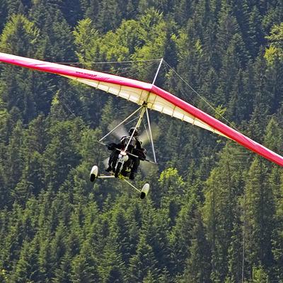Скончался второй пилот рухнувшего в Подмосковье дельтаплана