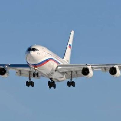 Два российских самолета прибыли в международный аэропорт Каракаса
