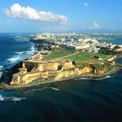 Власти Пуэрто-Рико эвакуируют людей из-за обрушения дамбы
