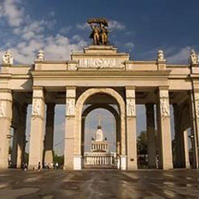 На территории ВДНХ открывается масштабная выставка часов