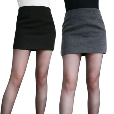 В Испании уволили женщин, отказавшихся носить мини-юбки