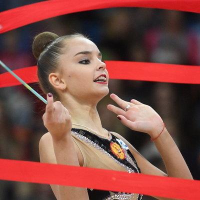 Арина Аверина выиграла этап КМ в Ташкенте в упражнениях с обручем, мячом и лентой
