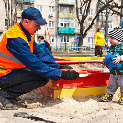 Более 19,5 тыс дворов отремонтируют в России до конца года