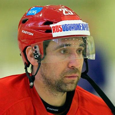 Хоккеист Данис Зарипов сможет вернуться на лёд 23 ноября