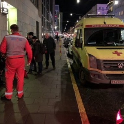 Российская неотложка оказала помощь прохожему в Стокгольме