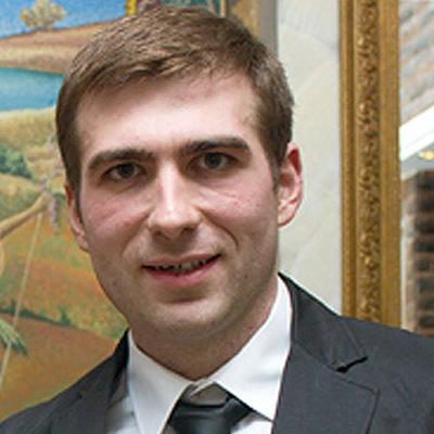 Антон Хализов