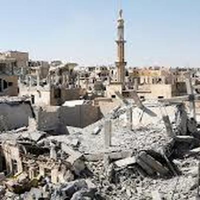 Российские военные впервые провели гуманитарную акцию в Ракке
