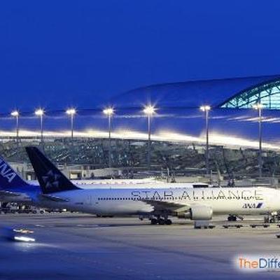 Аэропорт Амстердама возвращается к нормальной работе после масштабного сбоя