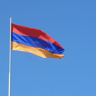 Кабмин Армении ввел военное положение в стране и объявил всеобщую мобилизацию