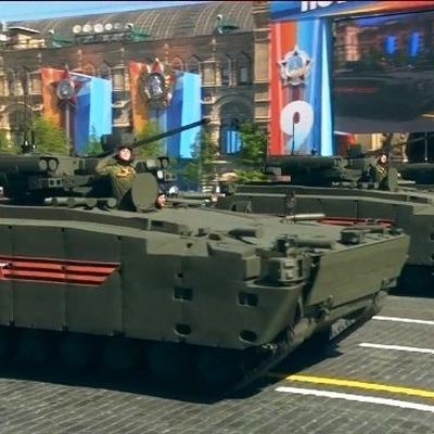 Желтая разметка появилась в Москве для военной техники