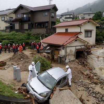 Около двухсот человекстали жертвами наводнения в Японии