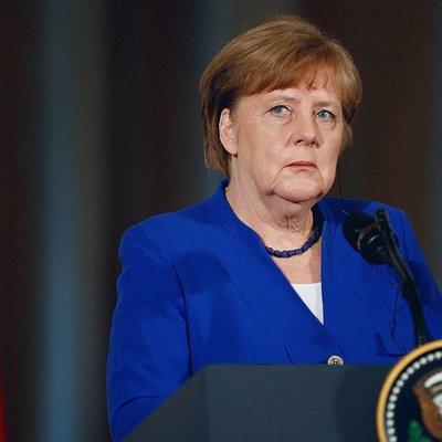 Меркель готова оставаться на посту до истечения срока полномочий в 2021 году