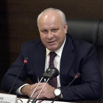Действующий глава Хакасии Виктор Зимин снял свою кандидатуру с выборов главы региона