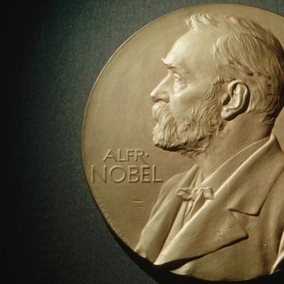 Лауреатов Нобелевской премии по литературе сразу за два года объявят в Стокгольме
